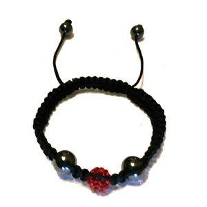 Jewelry - Beaded macrame bracelet